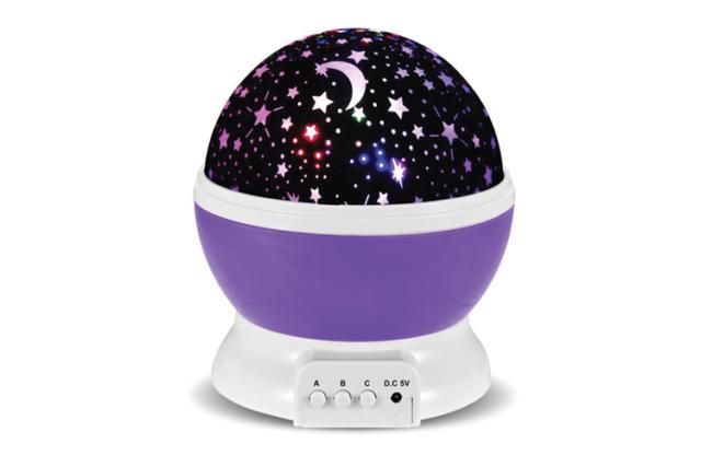 Projecteur constellation : Avis et Test de la veilleuse galaxie pour table de nuit